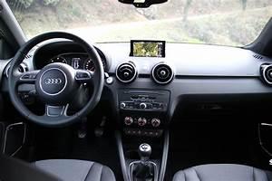 Audi A1 Essence : essai vid o audi a1 restyl e le ramage plus que le plumage ~ Medecine-chirurgie-esthetiques.com Avis de Voitures