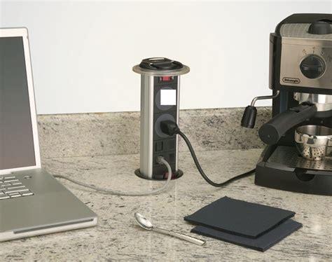 Сколько чайников можно подключить к одной бытовой электрической розетке?