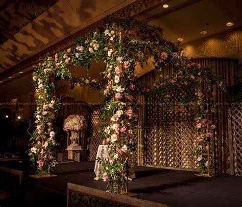 love  secret garden theme   canopy  kehoe