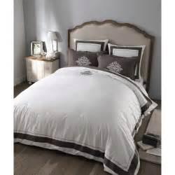 Parure De Lit Marbre : parure de lit 220 x 240 cm en coton blanche montesquieu maisons du monde ~ Melissatoandfro.com Idées de Décoration