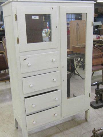 Dresser Wardrobe Furniture by Chifferobe Furniture Finishes Refurbished Furniture