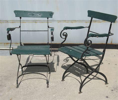 table et chaise en fer forgé pas cher table jardin en fer attractive table jardin marbre fer