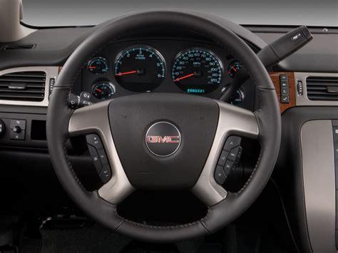 airbag deployment 2012 gmc yukon xl 1500 instrument cluster image 2009 gmc yukon xl 2wd 4 door 1500 slt w 4sa steering wheel size 1024 x 768 type gif