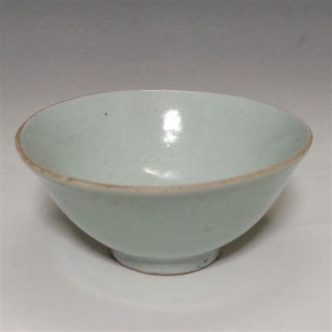 Antique Light Green Chinese Porcelain Bowl in Qing by ...