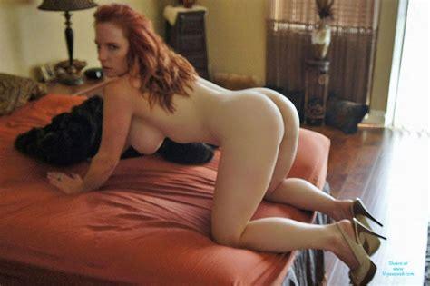 Redhead Milf Shows Ass July Voyeur Web