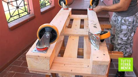 Pallet Faidate Come Costruire Un Divanetto In Legno Di