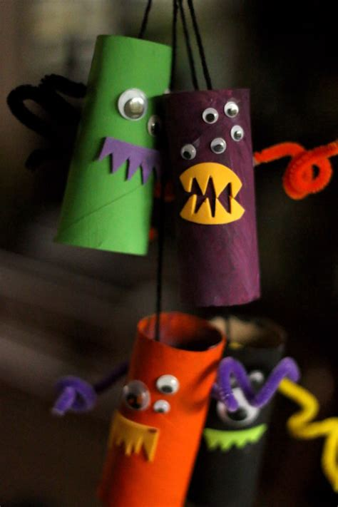 easy preschool halloween crafts mom spark mom blogger