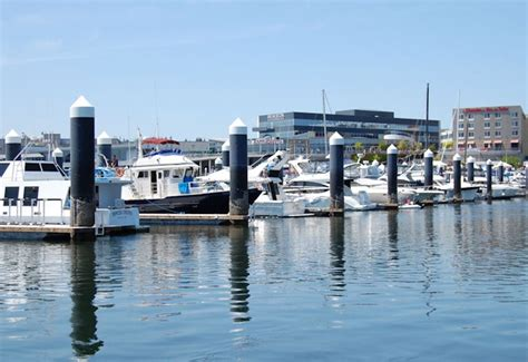 Seattle Boat Moorage Rates by Anthony S At Sinclair Inlet Anthony S Home Port
