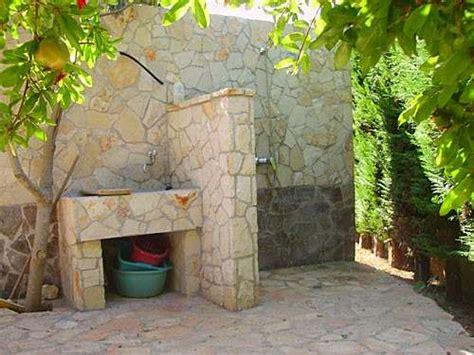 lavelli esterni lavandini in pietra da giardino foto 5 15 design mag