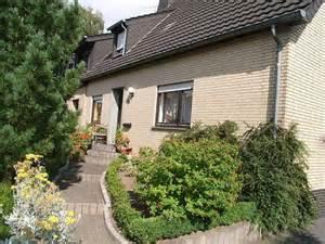 Wohnung Mieten Bedburg : immobilien kleinanzeigen in bedburg hau ~ Yasmunasinghe.com Haus und Dekorationen
