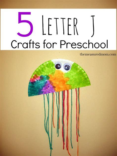letter  crafts  measured mom