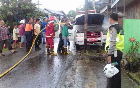 mobil ambulans rsud muara teweh terbakar