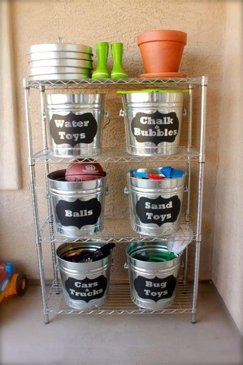 creative ways  repurpose galvanized buckets  tubs home design garden architecture