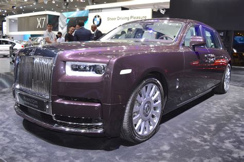 2018 Rolls-royce Phantom Ewb Showcased At The 2017 Dubai