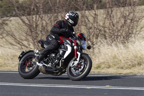 Review Mv Agusta Dragster by Review 2015 Mv Agusta Dragster Dragster Rr Bike Review