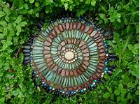 garden stepping stones Jeffrey Bale's World of Gardens: Building a Pebble Mosaic ...
