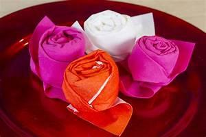 Comment Faire Des Roses En Papier : comment faire une rose en papier ~ Melissatoandfro.com Idées de Décoration