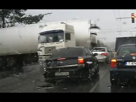 Truck Crash & Accident Compilation July 2015 Youtube