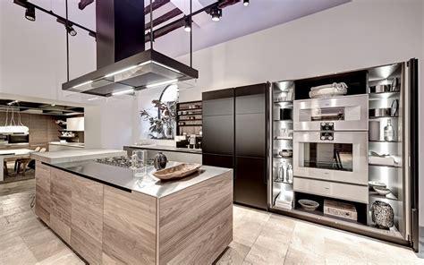 finishing kitchen cabinets ideas modern day spacious kitchen styles by varenna decor advisor