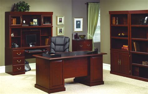 Attractive Functional Traditional Office Furniture At