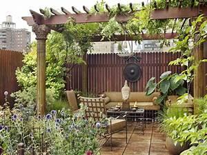 amazing eastern style rooftop terrace garden of a new york With katzennetz balkon mit valtur garden resort calabria