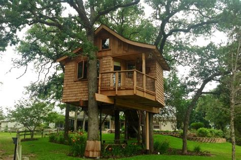 Tempting Tree House Cabins In Texas-flavorverse