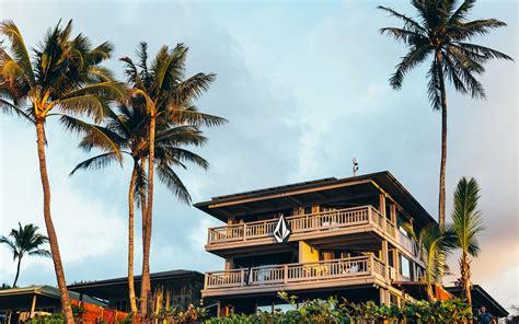 heres    rent   hawaiis  famous surf