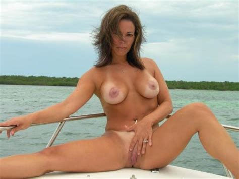 Naked Milf Spreading On Boat Pin Sex Com