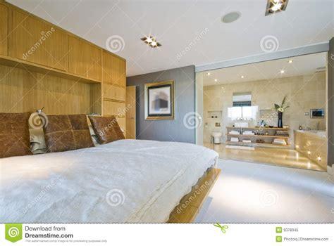 chambre avec bain salle de bain ouverte dans chambre