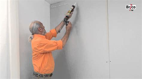 revetement mural cuisine pvc coller du lambris pvc au mur