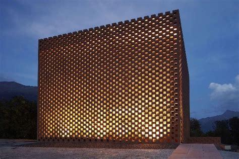 totally innovative famous buildings   bricks