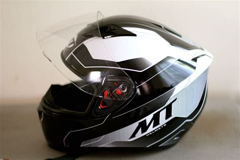 Motorcycle Helmet Reviews India