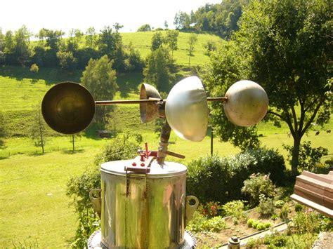 Savoniusrotorwindrad Im Garten Foto & Bild Industrie