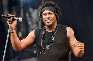 D'Angelo Has A Social Change Message for Hip-Hop Artists ...