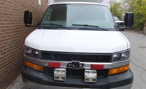 2009 chevrolet gasoline ambulance new paint stock 33366