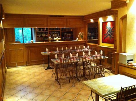 la cuisine proven軋le restaurant le square restaurants à mazaugues office de tourisme de tourves