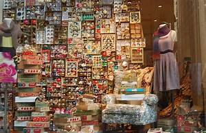 Indie, Holiday, Displays, Ornaments
