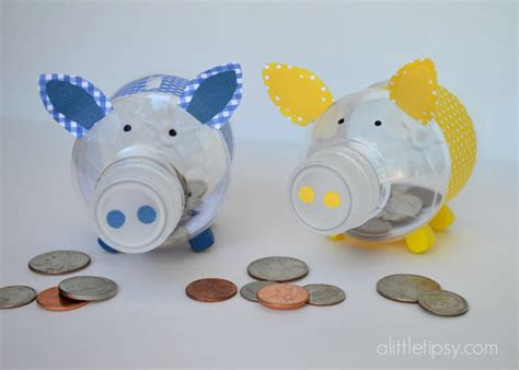 How To Create A Cute Piglet Piggy Bank With Reused Plastic