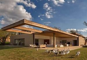 Studio Arthur Casas Designed The Casa Itu  Glass Panels Slide Into The Walls To Create An