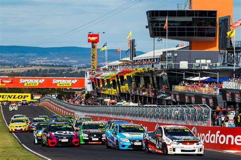 capacity field for v8 utes last stand supercars