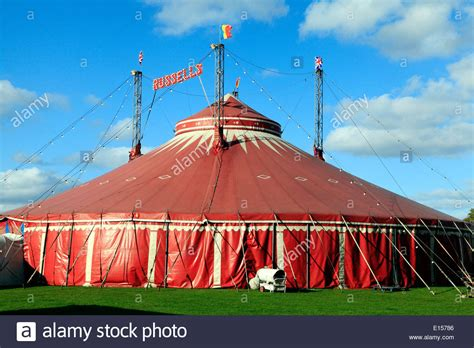 russells international circus uk travelling circus shows