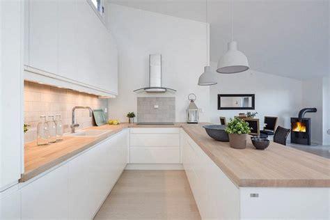 paillasse cuisine aménagement cuisine 52 idées pour obtenir un look moderne plans de travail en bois