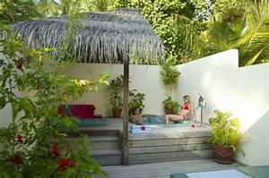 Kleiner Garten Mit Pool : 110 unglaubliche bilder kleiner whirlpool ~ Markanthonyermac.com Haus und Dekorationen