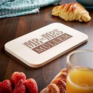 Frühstücksbrettchen Mit Gravur : fr hst cksbrettchen mit gravur mr and mrs motiv zur hochzeit ~ Buech-reservation.com Haus und Dekorationen