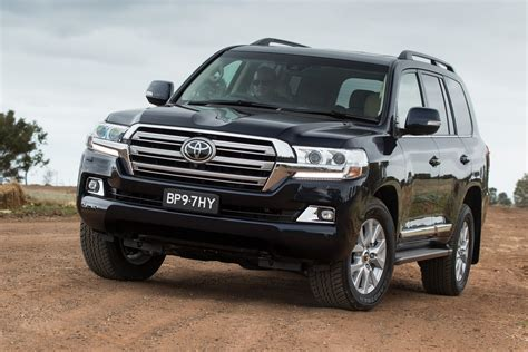 toyota 4runner lifted facelifted toyota land cruiser 200 unveiled in japan w