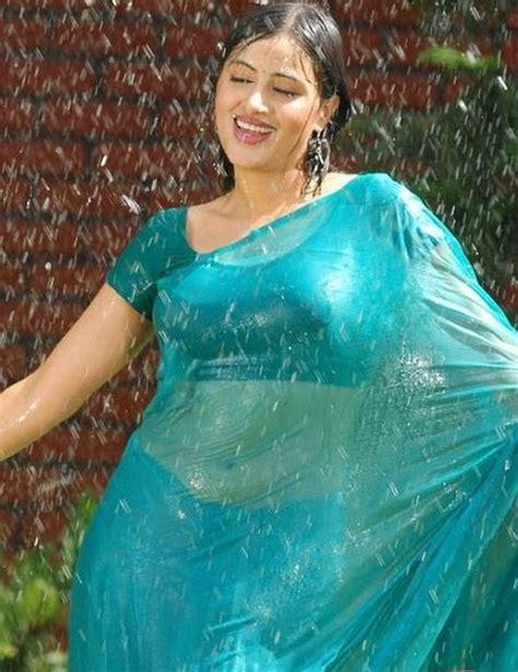 saree still tamil saree actor stills