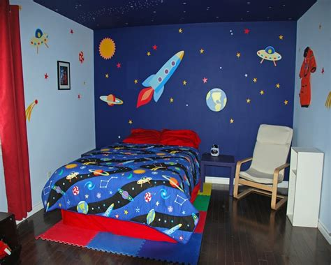 Outer Space Bedroom Decor by Space Bedroom Decor Outer Space Themed Bedroom