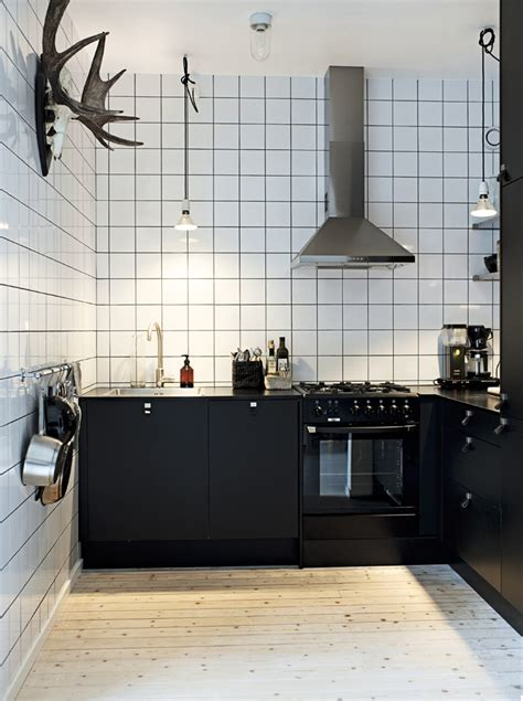Decordots Kitchen Inspiration  White Tiles + Black Grout