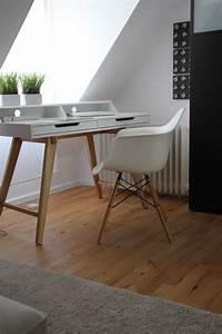 Kleiner Schreibtisch Weiß : endlich ist er da mein neuer kleiner schreibtisch deko ~ A.2002-acura-tl-radio.info Haus und Dekorationen