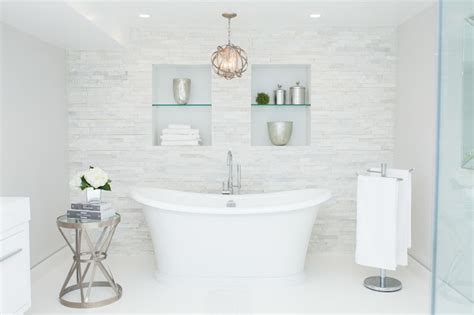 bathroom  tiled accent wall contemporary bathroom